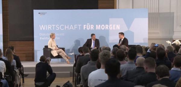 Илон Маск говорит об энергии с немецким министром экономики и энергетики