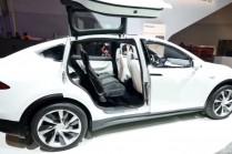 Илон Маск рассказал о Model 3 и стоимости Model X