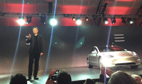 Элон Маск на презентации Tesla Model 3