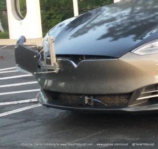 Model S с сенсором