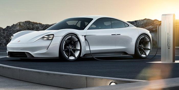 Электромобиль Porsche Mission E