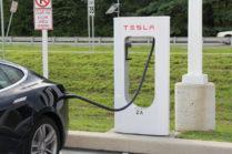 Зарядка на Supercharger станет платной в 2017 году