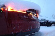 Tesla в холодную погоду, снег и мороз